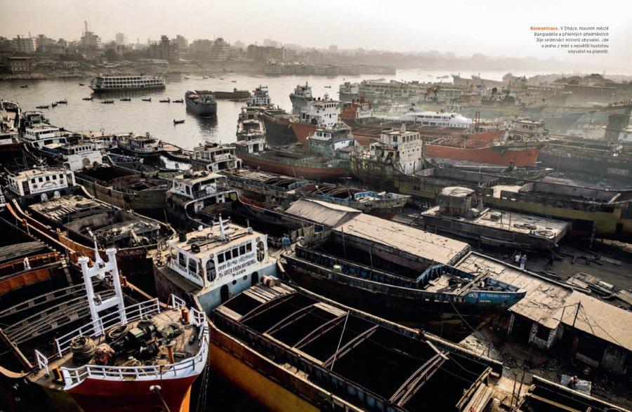 Dockyards in Dhaka, Bangladesh